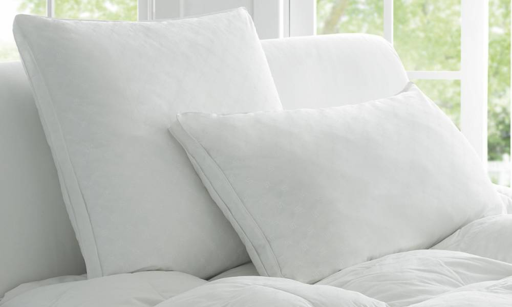 Green Cleaning Tips for Extending the Life of Your Pillows