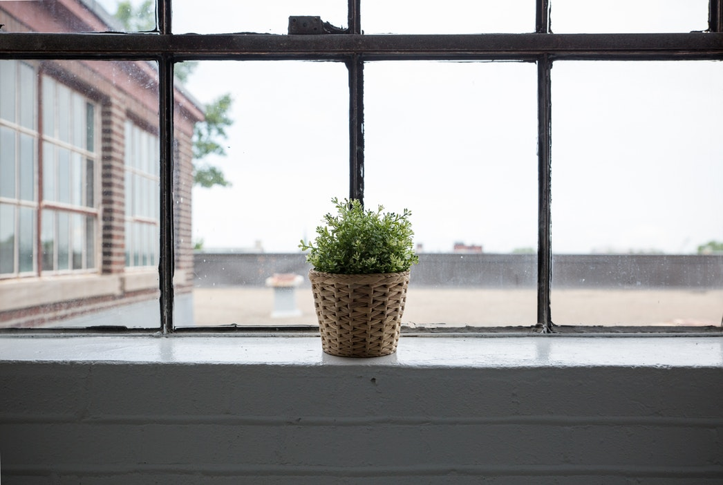 How To Clean Your Window Sills Tracks